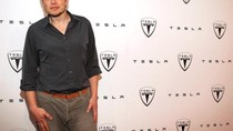 5 Cara Unik Miliuner Elon Musk Cari Uang Sebelum Jadi CEO Terkenal