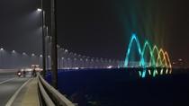 Jembatan di Hanoi Pakai Sistem Penerangan Berbasis Cloud