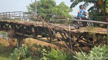 Meski Rusak, Warga Demak dan Jepara Tetap Lewati Jembatan Bungpes