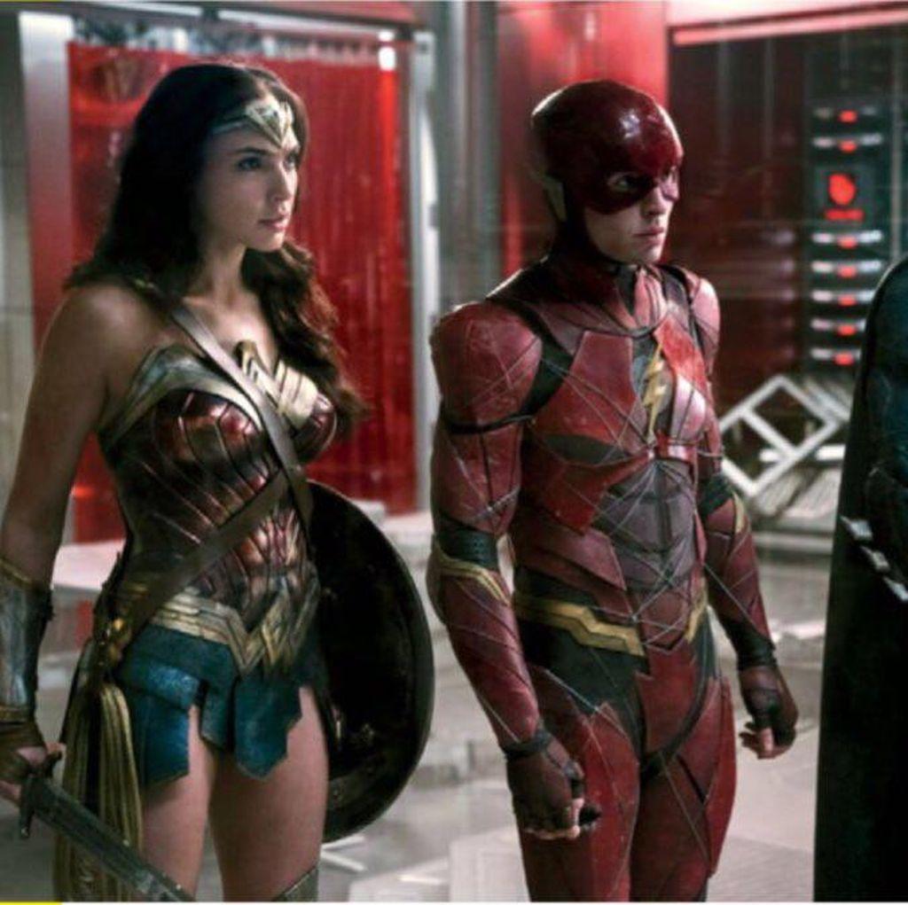 Penampakan Potongan Gambar Justice League Beredar