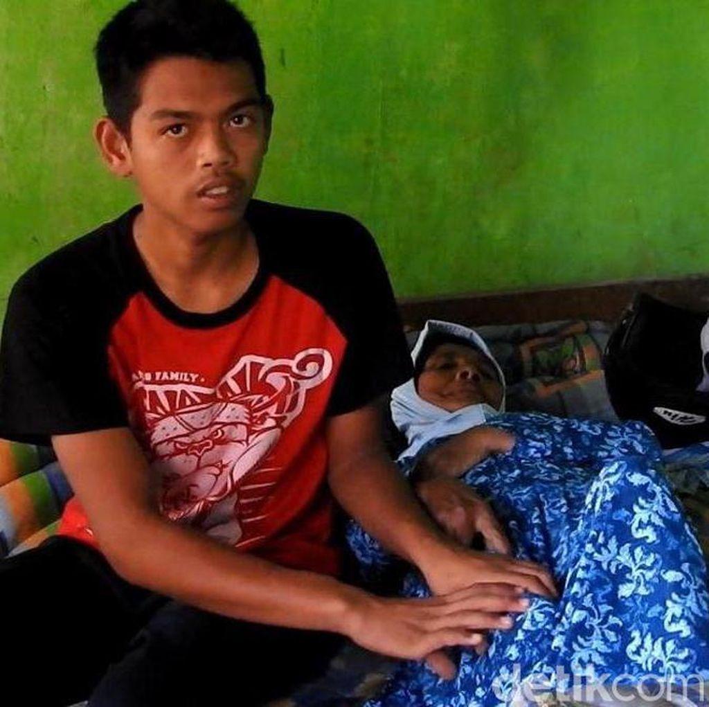 Dodi Reza, di Usia 15 Tahun harus Rawat Neneknya yang Sakit