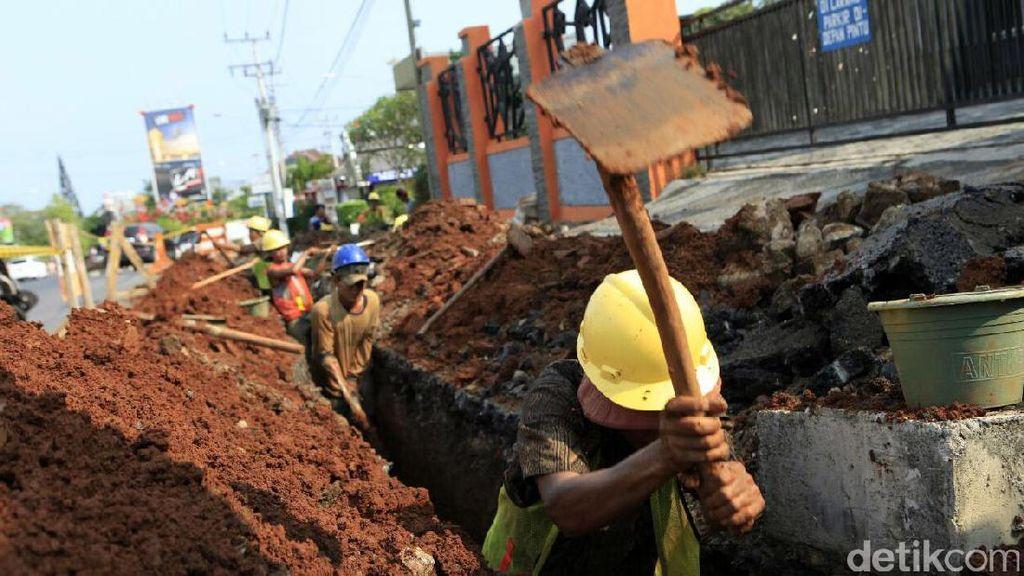 Proyek Jaringan Gas PGN di Lampung