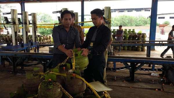 Diduga Kurangi Takaran Gas 3 Kg, SPBE di Lampung Digerebek Polisi