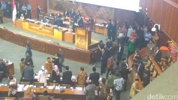 Novanto Sahkan UU Pemilu dengan Presidential Threshold 20%