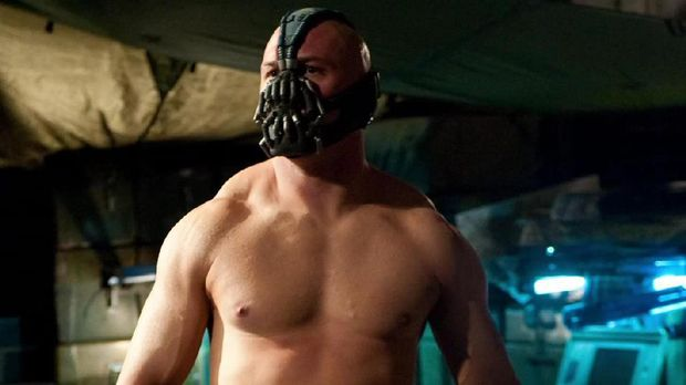 Tom Hardy di film Dark Knight Rises
