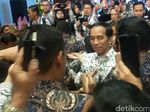 Jokowi: Tak hanya Matematika, Jenguk Teman juga Bisa Jadi PR Siswa