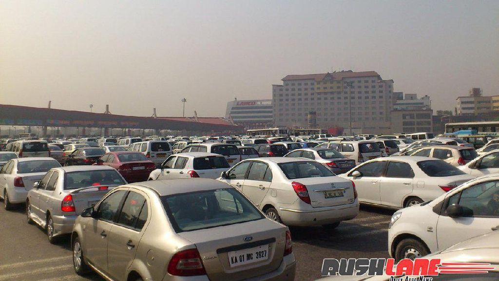 60% Orang India Buat SIM dengan Cara Nembak