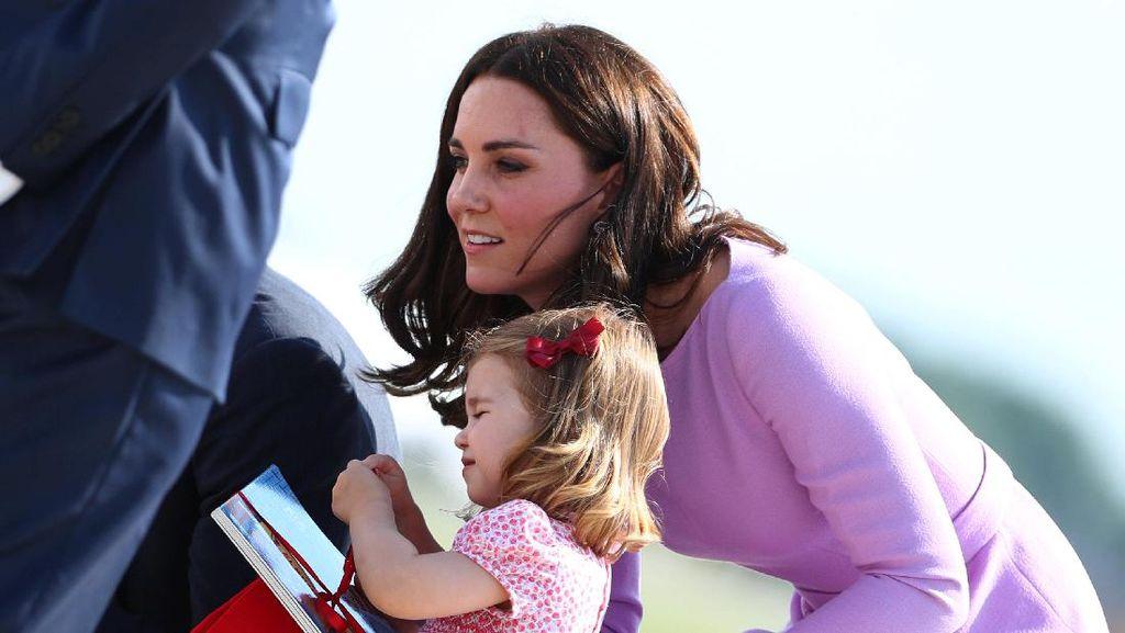 Foto: Begini Tenangnya Kate Middleton Menghadapi Anak yang Tantrum