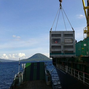 Pulihkan Listrik Pulau Sula di Maluku Utara, PLN Kirim 17 Genset
