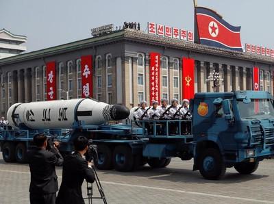 Foto: Jarang Dilihat, Parade Militer Korea Utara