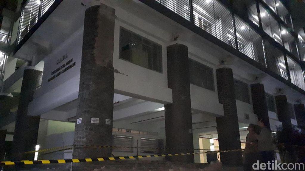 Foto: Begini Penampakan Pilar Gedung ITB yang Roboh