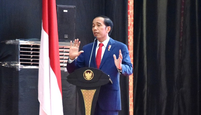 Buktikan Jokowi Bukan Macan Ompong