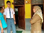 Tinggi Hampir 2 Meter, Renard Sulit Naik Angkot dan Duduk di Kelas