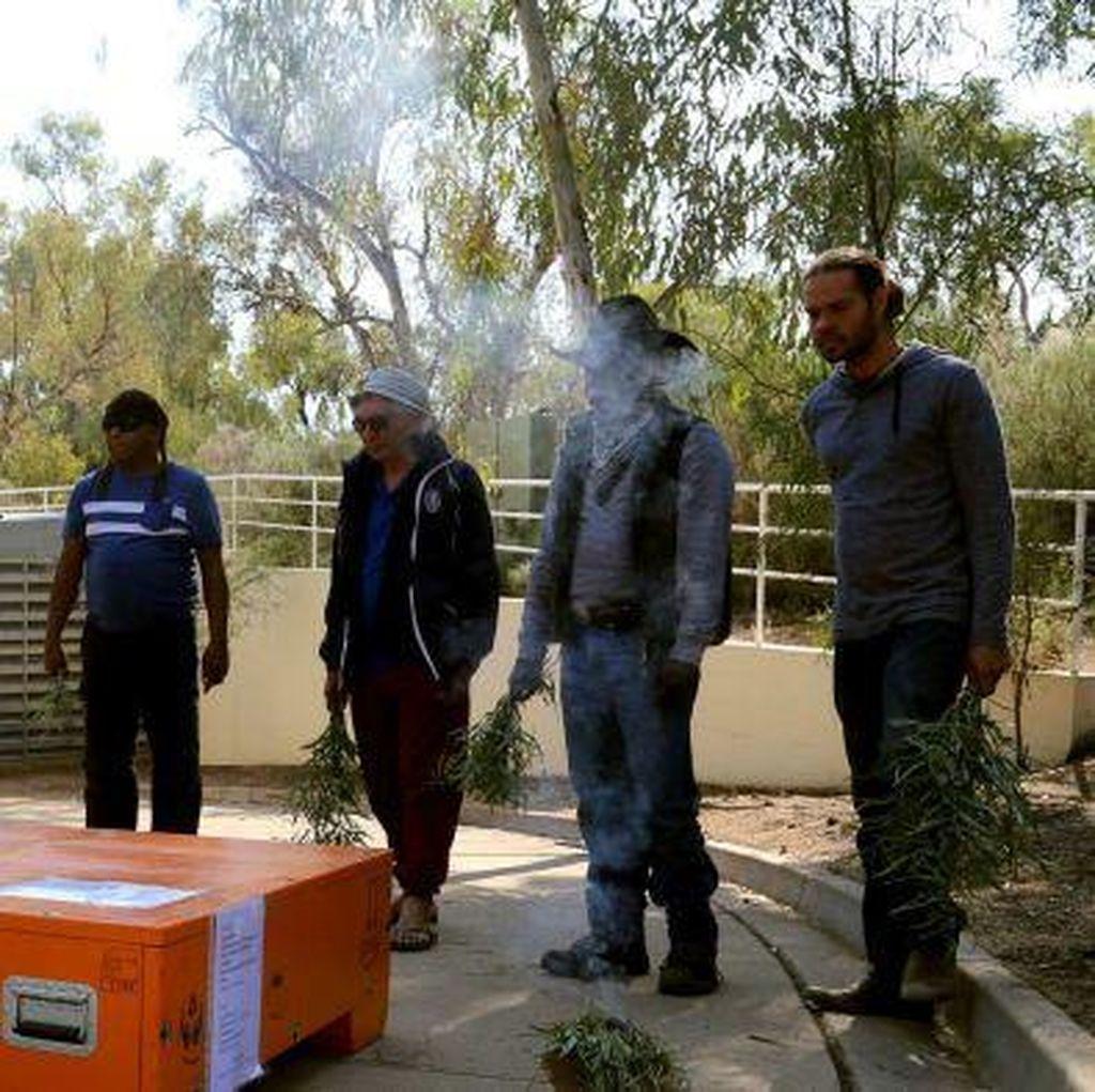 Berbagai Benda Sakral Aborigin Dikembalikan ke Pemiliknya