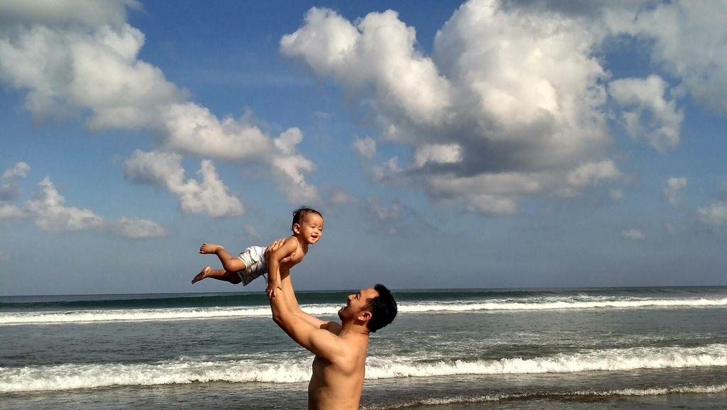 He loves the beach!