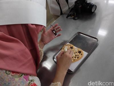 Seru! Pengalaman Melukis Kue di Jepang