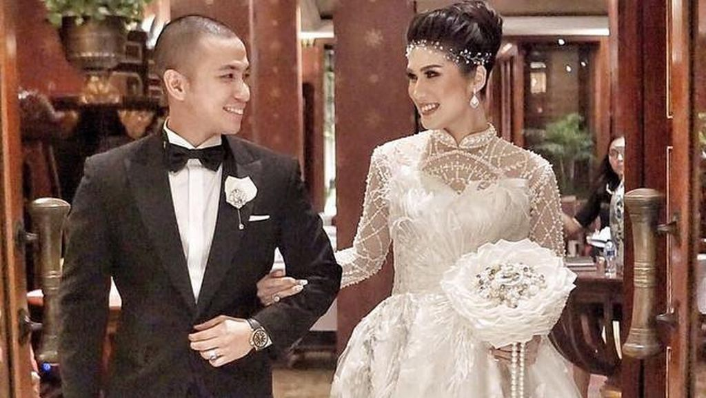 Stevianne Agnecya, Mantan Istri Samuel Rizal Menikah Secara Islam