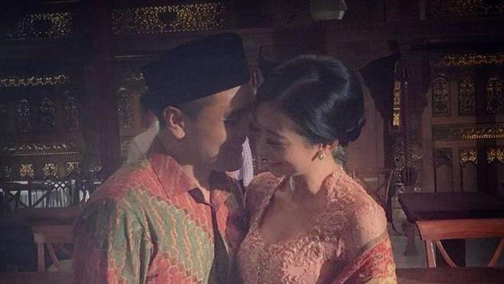 Chiko Hakim, Mantan Pacar Yuni Shara Melamar Kekasihnya