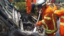 Mobil Terbakar di Tol Purbaleunyi, Sopir Selamat