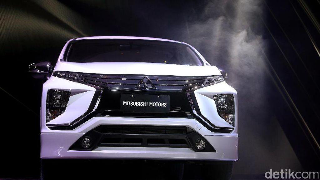 Jangan Salah Lihat Susunan Lampu MPV Mitsubishi