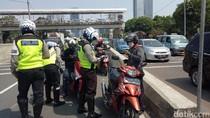 Polisi Akan Terus Tindak Pemotor Bandel yang Terobos JLNT