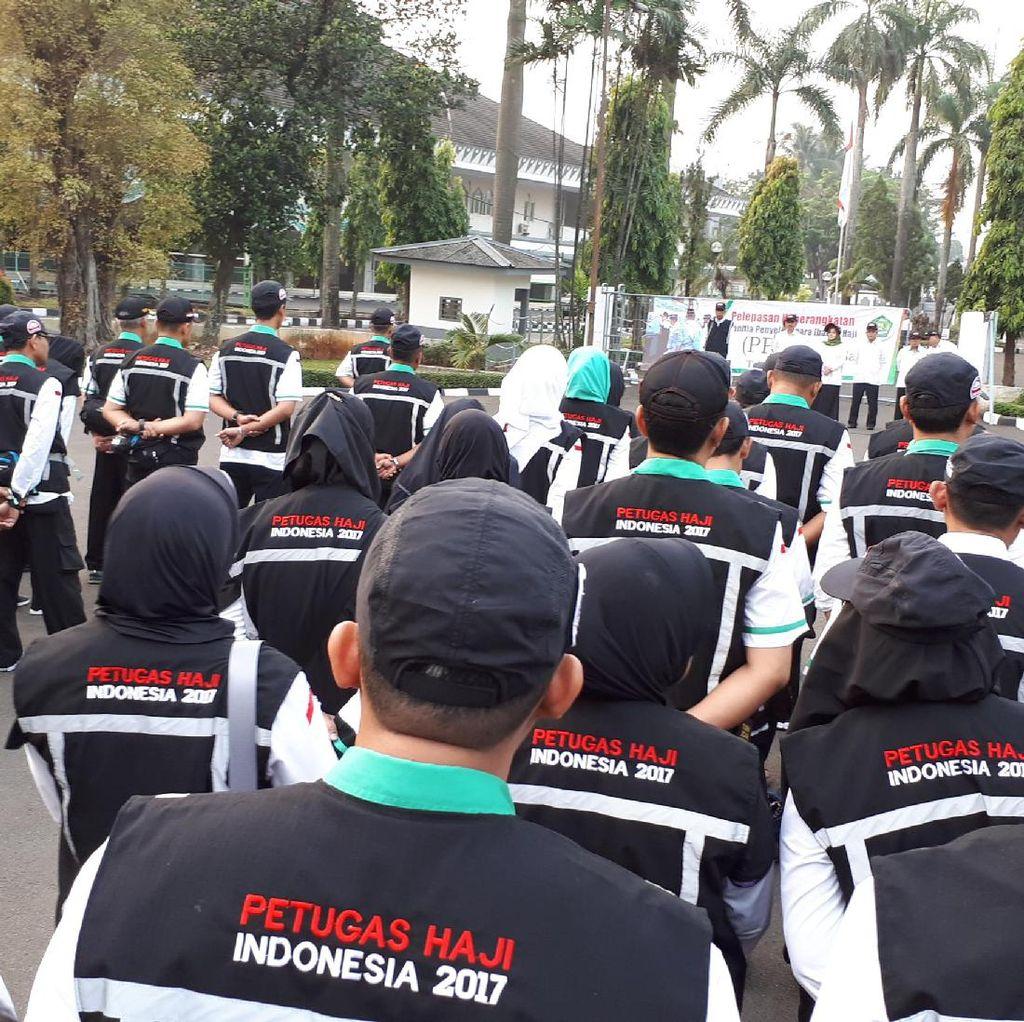 299 Petugas Haji Diberangkatkan ke Arab Saudi, Siap Sambut Jemaah
