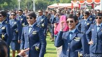Haru Bangga Lulusan Akademi TNI-Polri Bersama Keluarga di Istana