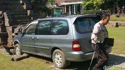 Misteri Mobil Melayang yang Seruduk Candi Kidal