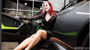 Si Cantik Spesialis Pengantar Lamborghini
