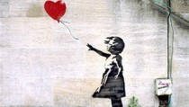 Mural Banksy Girl with Baloon Terfavorit se-Inggris