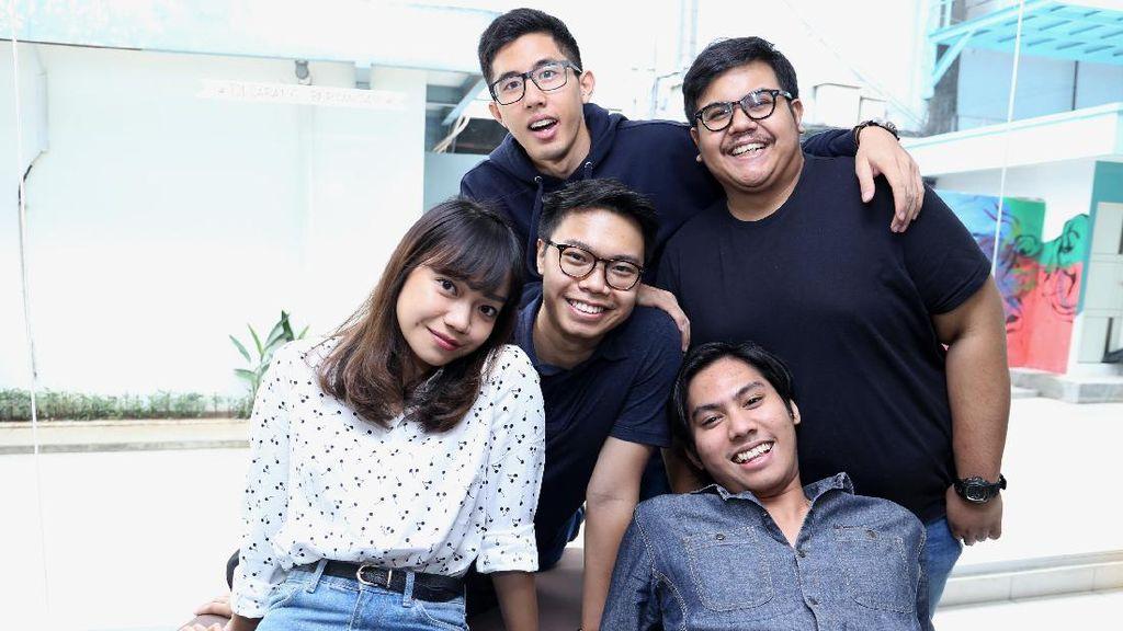 Usaha Penemuan Jati Diri Reality Club di Kamar Tidur