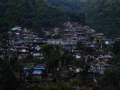 Foto: Tempat Paling Sering Hujan di Bumi