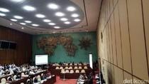 Komisi V Rapat dengan Menhub dan Kakorlantas Bahas Mudik 2017