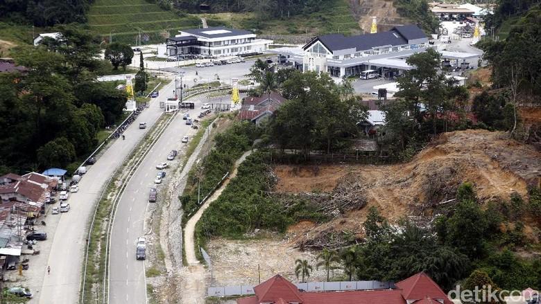 Cerita Perjalanan ke Entikong, Aspal Mulus Hingga Batas RI-Malaysia