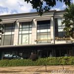 Jemaah Umrah First Travel Mau Minta Refund ke Butik Anniesa Hasibuan