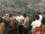 Djarot dan Pratikno Cek Tempat Penyimpanan Bendera Pusaka di Monas