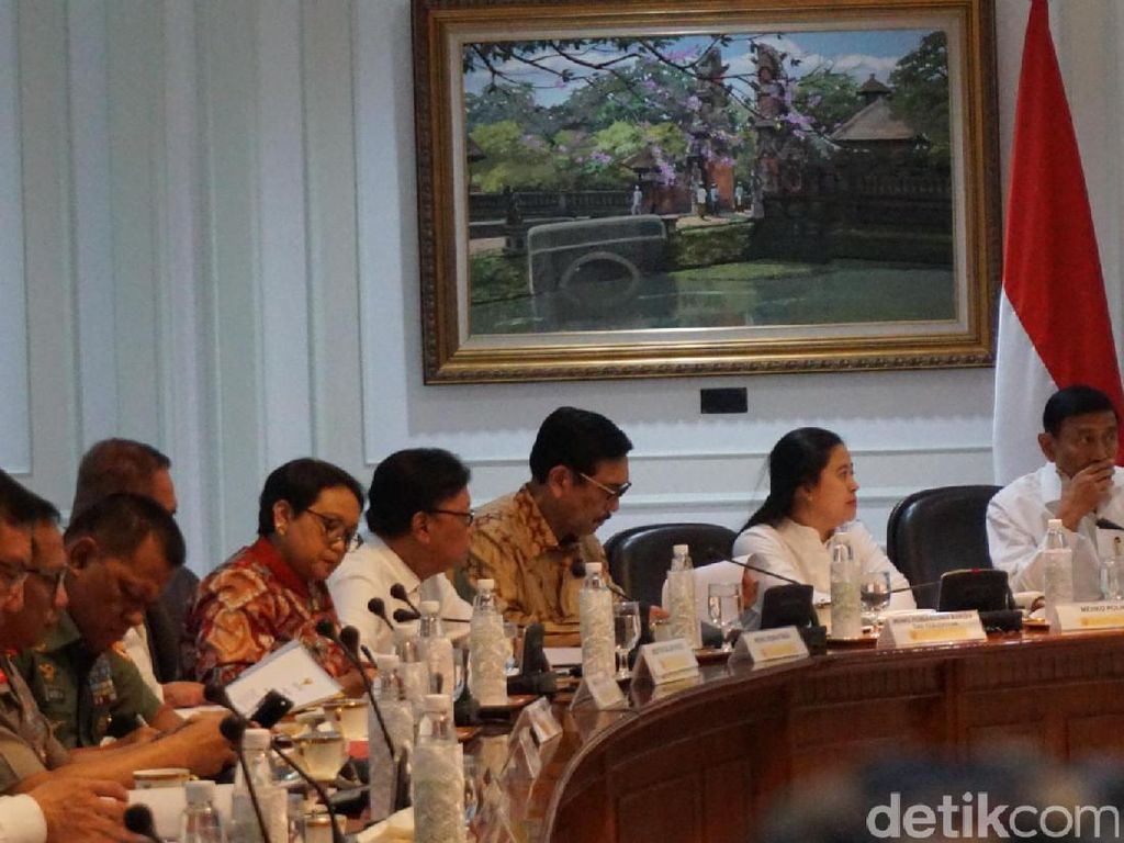 Jokowi Ingatkan agar Tak Beli Alutsista Berumur Pendek