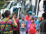 Hujan Rintik Iringi Keberangkatan Jemaah Calon Haji Banyumas