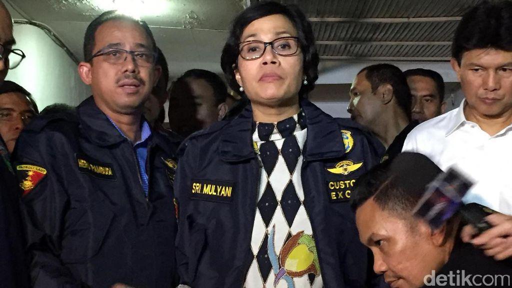 Sri Mulyani Datangi Lokasi Penggerebekan Penyelundup Sabu