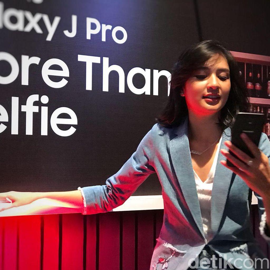 Samsung: Ponsel Selfie? Bosan Lihat Muka Melulu