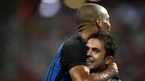 Inter Tumbangkan Bayern 2-0