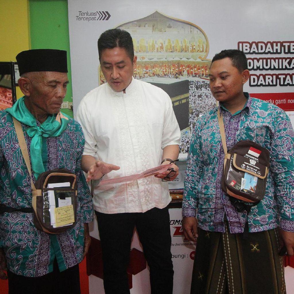 Telkomsel Mudahkan Calon Jemaah Haji Komunikasi dengan Keluarga