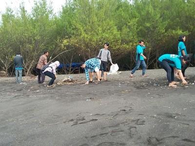 Begini Cara Kerja Forum Banyuwangi Bebas Sampah