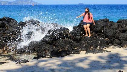 Aku, Ombak, Dan Pantai