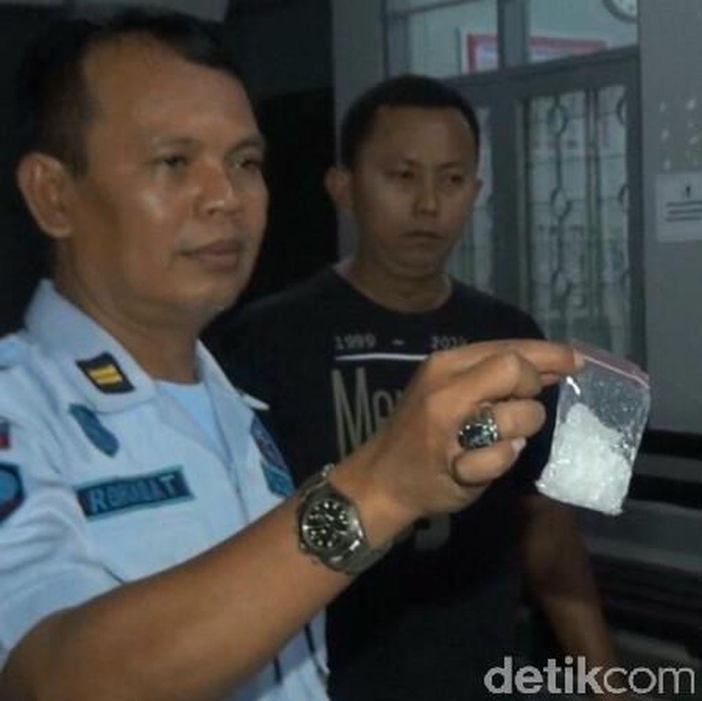 Petugas Lapas Semarang Amankan Pria yang Hendak Selundupkan Sabu