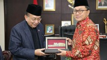 Bertemu Penasihat Kerajaan Malaysia, Ketua MPR Bicara Soal TKI