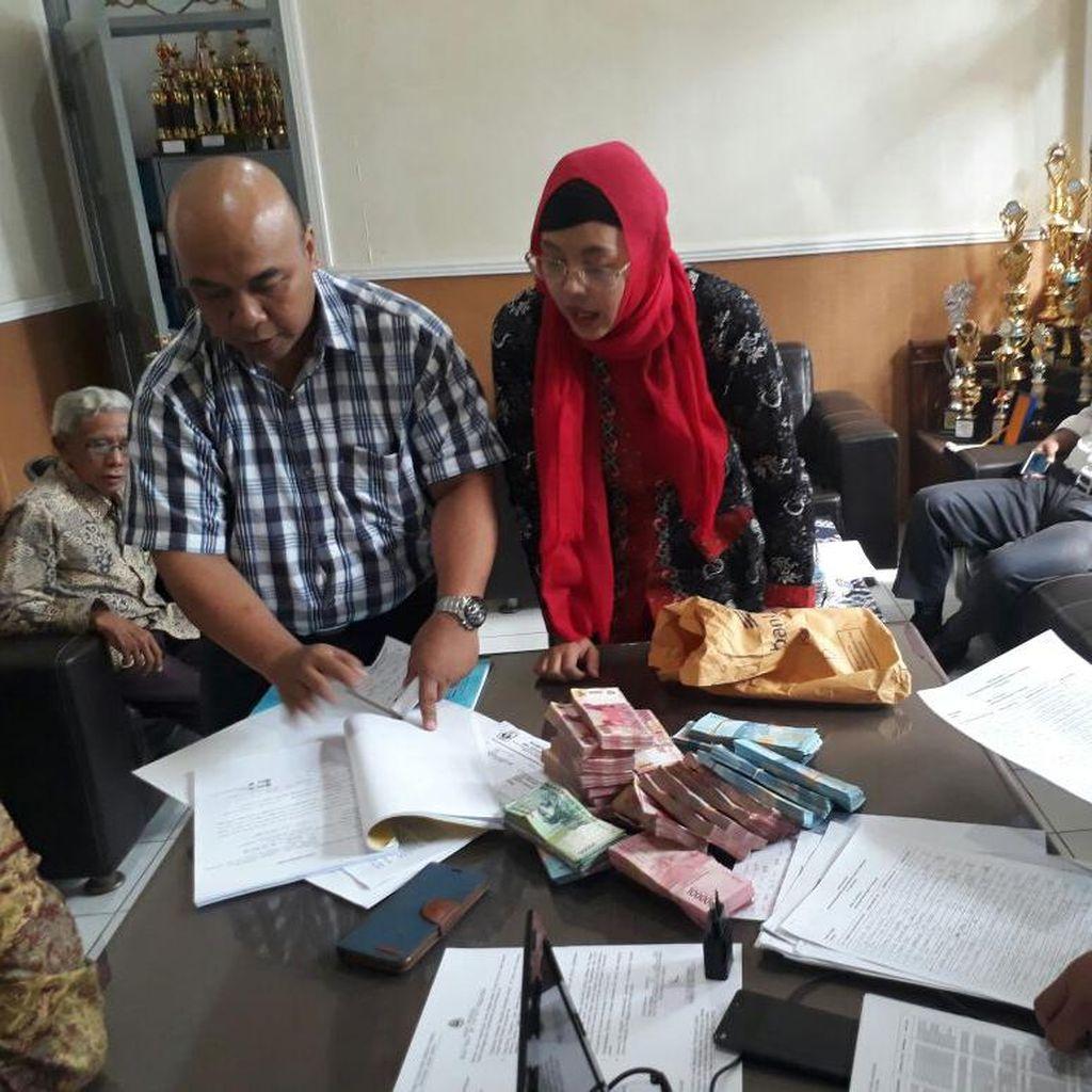 OTT Kepsek SMAN 27 Bandung, Rp 255 Juta Disita di Brankas Sekolah