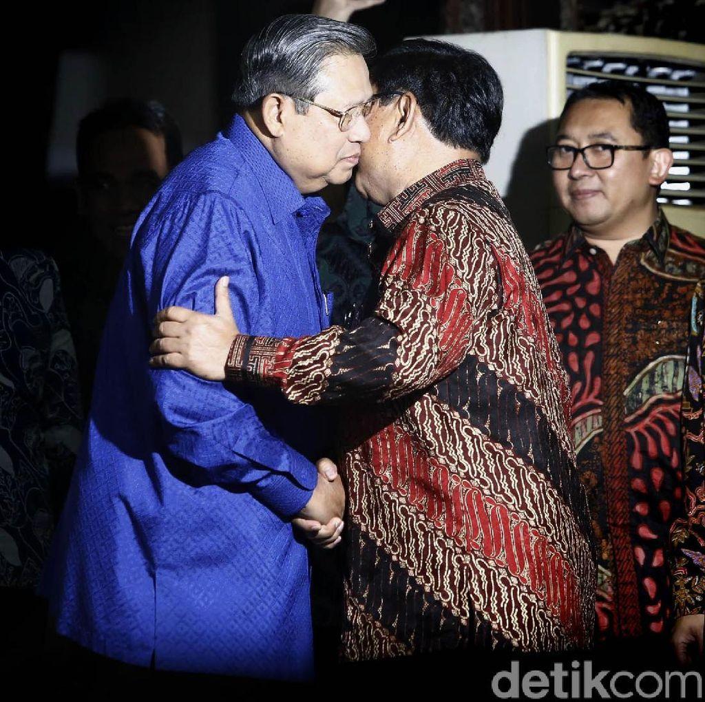 SBY-Prabowo Cipika-cipiki di Cikeas