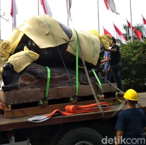 Presiden Jokowi Bakal Resmikan Patung Banteng di Gedung BEI