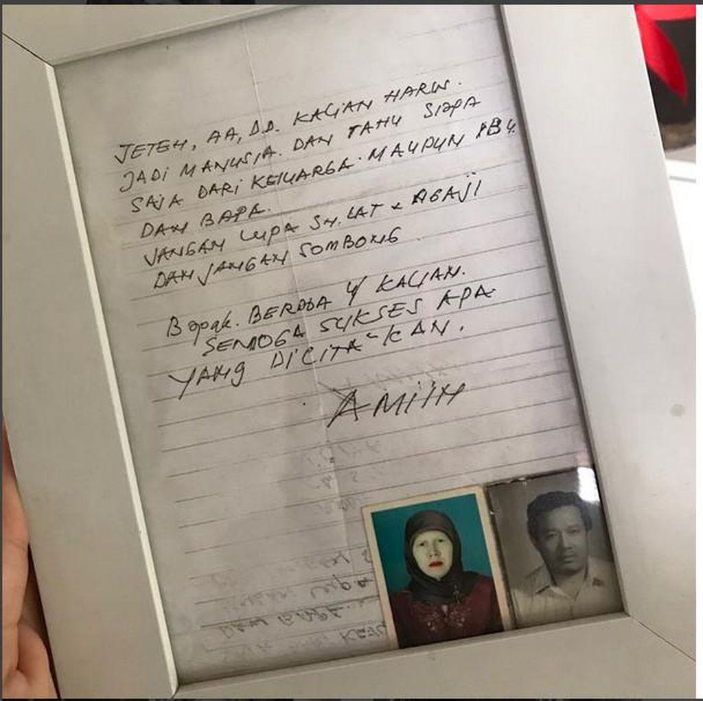 Ananda Omesh Bingkai Surat Wasiat dari Sang Ayah
